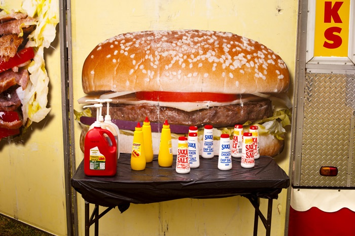 Garry Trinh, Super Sized Hamburger. Image courtesy the artist